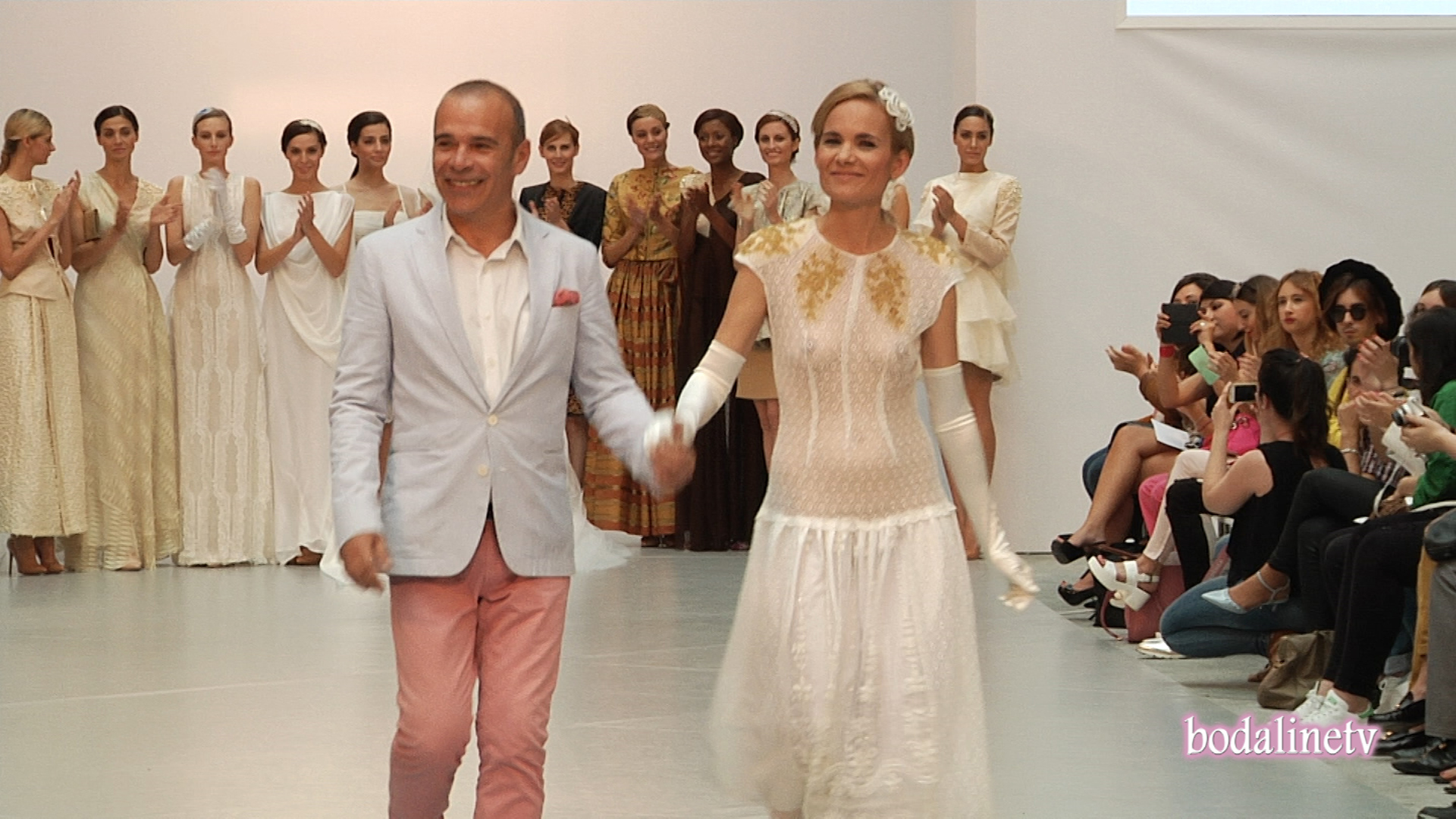 JUAN ROGA  Pasarela Costura España 2015