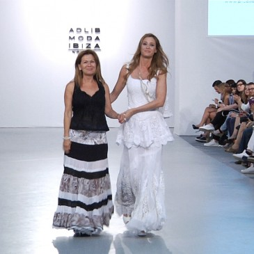PILUCA BAYARRI ADLIB Pasarela Costura España 2015